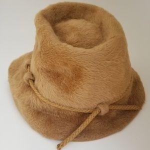 Accessories - Vintage Frank Olive Magnin tan felt fur fedora hat